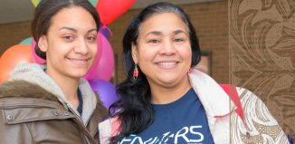 Mother/Daughter commencement candidates Elizabeth Reyes and Angélique Quiñones.