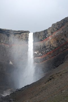 Sun coming out and shinning on Hengifoss